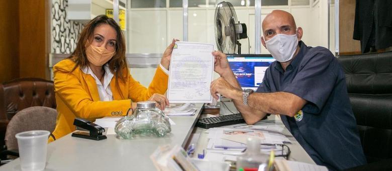 Glória Heloiza esteve no Sindicato dos Taxistas do Município do Rio