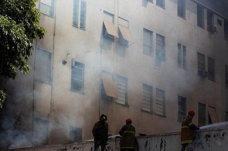 Incêndio consumiu parte do prédio 1 da unidade