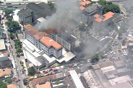 Incêndio teria começado no prédio 1 da unidade