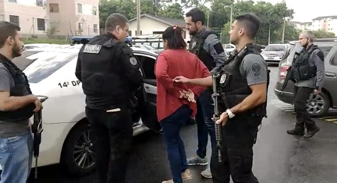 Suspeitos de extorquir e expulsar moradores são presos