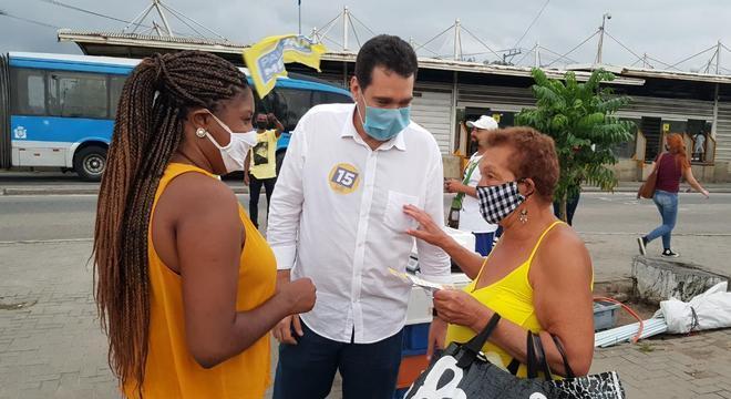 Paulo Messina visitou estação de BRT