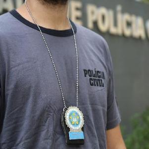 Polícia prende suspeito de matar família