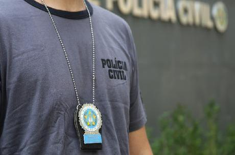 Agentes da 66ª DP foram ao local libertar vítima
