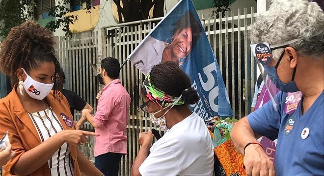 Renata Souza visitou Ciep em Botafogo