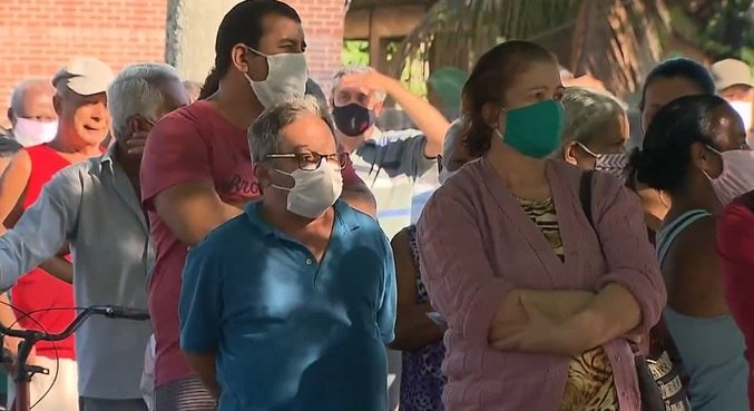 Máscaras continuam obrigatórias na cidade de SP