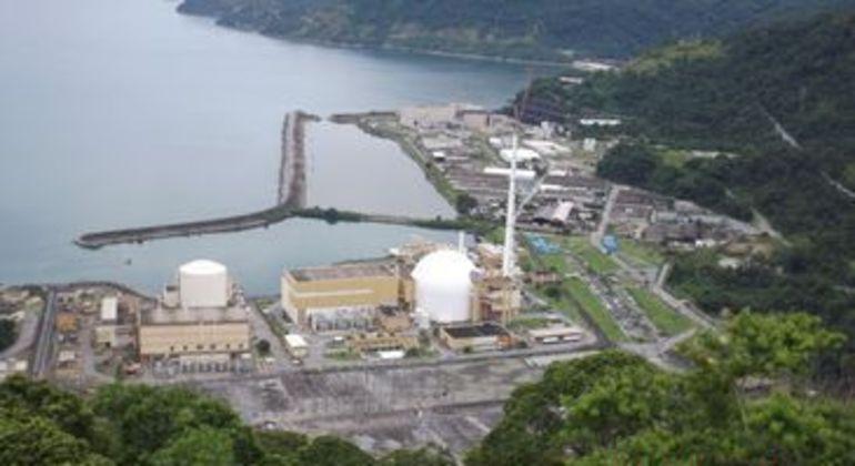 Vista aérea da usina nuclear Angra 3, em Angra dos Reis