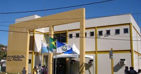Operação contra o tráfico prende 17 pessoas em Arraial do Cabo (RJ) - R7