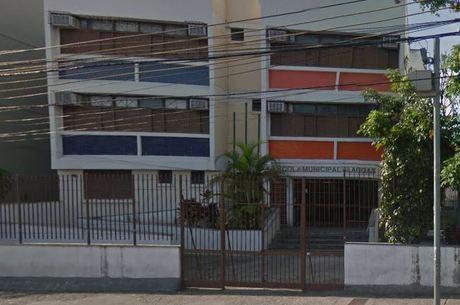 Escola Municipal Alagoas fica em Pilares, zona norte do Rio