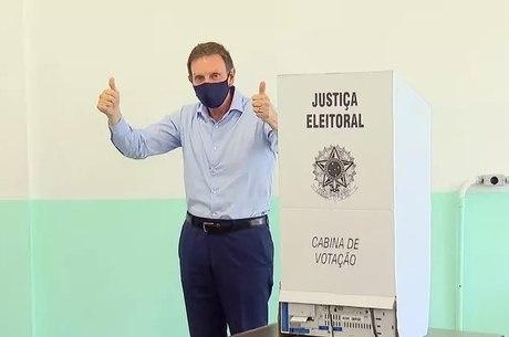 Crivella agradeceu eleitores pelos votos no 1º turno