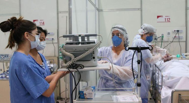 Mortes por covid-19 tiram R$ 5 bilhões das famílias das vítimas da doença