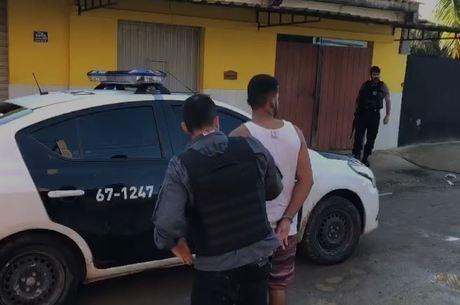 Polícia cumpre mandados de prisão nesta segunda-feira (23)