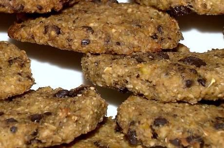 Aprenda a fazer cookies com três ingredientes