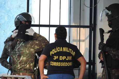 PMs foram levados para unidade de Niterói