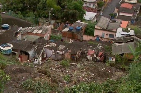 Nove imóveis no morro do Feijão foram interditados