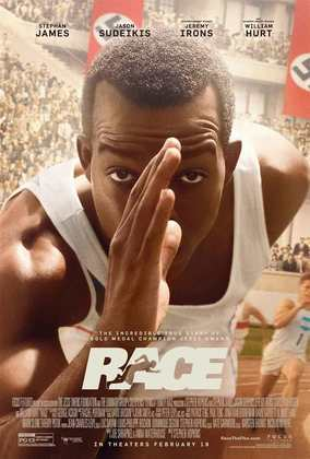 'Raça' (2016) é uma cinebiografia de Jesse Owens, interpretado por Stephan James, atleta negro norte-americano que ganhou quatro medalhas de ouro nas Olimpíadas de Berlim, em 1936, em pleno regime nazista.