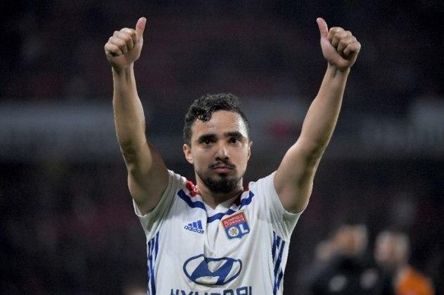 Rafael (31 anos): lateral - Último clube: Istambul Basaksehir - Valor de mercado: 2,7 milhões de euros.