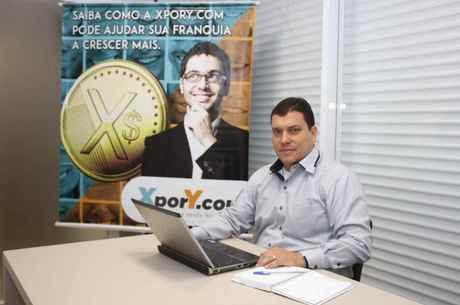 Barbosa espera abrir um escritório por mês