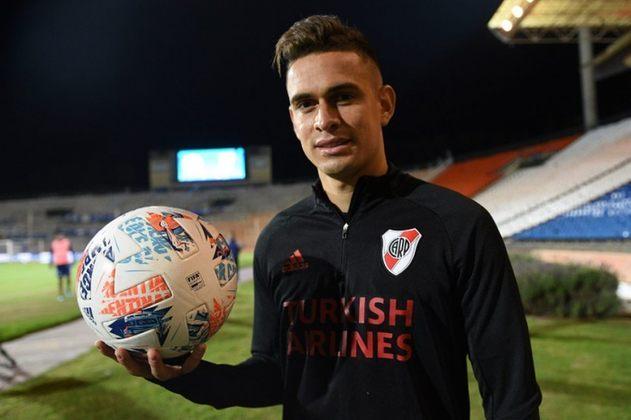 Rafael Borré (25 anos) - Último clube: River Plate - Sem contrato desde: 01/07/2021 - Valor: 17 milhões de euros