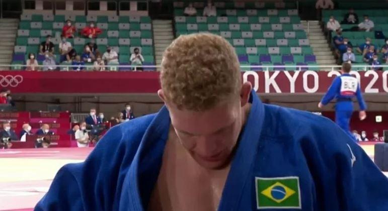 Rafael Buzacarini perdeu para o belga Toma Nikiforov no judô e se despediu dos Jogos Olímpicos de Tóquio.