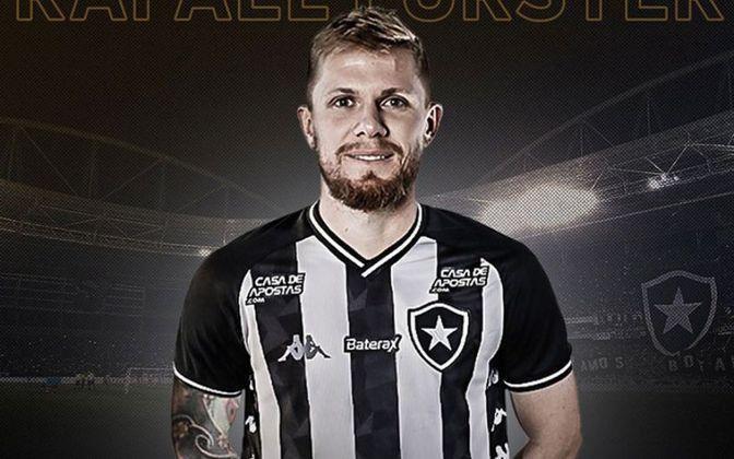 RAFAEL FORSTER já disputou 15 partidas com a camisa do Botafogo. Ainda não marcou.