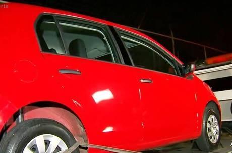 Polícia apreende carro usado por pai de Isabela