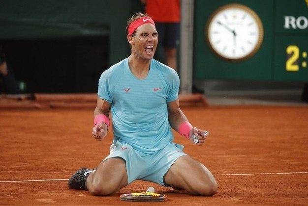 Rafael NadalO tenista espanhol, hoje com 34 anos, quer retomar o gostinho da medalha de ouro de Pequim 2008. A grande dúvida está em um problema nas costas, que atrapalha a temporada