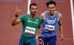 Rafael Pereira e Gabriel Constantino avançaram para as semifinais dos 110m com barreiras. JáEduardo de Deus, ficou em último na quinta bateria não avançou.As disputas das semifinais ocorrem nesta terça-feira (3), às 23h (de Brasília)