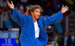 Rafaela Silva (judô): Medalhade ouro na categoria até 57 kg na Rio 2016, a judoca testou positivo para asubstância fenoterol no dia que competiu e foi ouro no Pan de Lima, em 2019. Naocasião, ela se justificou, dizendo que a contaminação poderia ter acontecido apartir do contato com um bebê que sofre com asma. Rafa foi punida com dois anosde exclusão do esporte e, embora tenha entrado com recurso na Corte Arbitral doEsporte (CAS), teve o seu pedido recusado