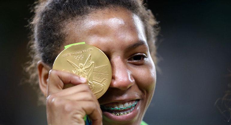 Redenção da judoca veio quatro anos depois, com a medalha dourada na Rio 2016