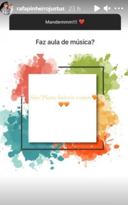 Se faz aulas de música? Rafa faz aula de canto, piano e bateria