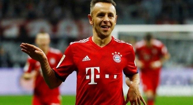 Bayern de Munique bate o Frankfurt e assume o 2º lugar no Alemão ... 58203cd30ce20