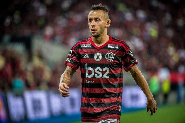 Rafinha (35 anos) - Seleção: Brasil - Último clube: Olympiacos - Sem contrato desde fevereiro de 2021 - Valor: 1 milhão de euros.