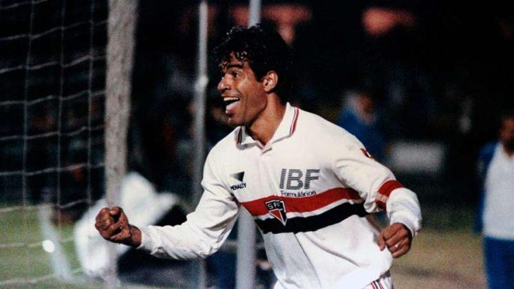 Raí: 20 gols em 1991 - No ano em que o São Paulo se sagrou campeão pela 17ª vez, o artilheiro foi o 'meia ideal' do campeonato, Raí, com 20 gols marcados.
