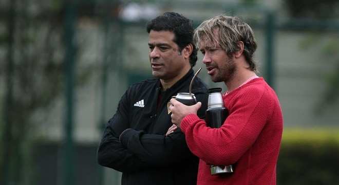 Raí e Lugano. Campeões históricos como jogadores. Fracasso como dirigentes