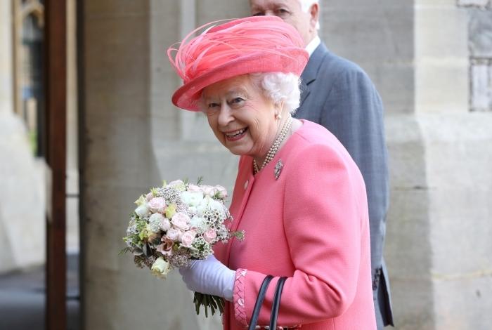 Príncipe William e Kate registram nascimento de filho Louis