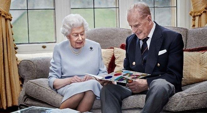 A rainha britânica Elizabeth e o príncipe Philip