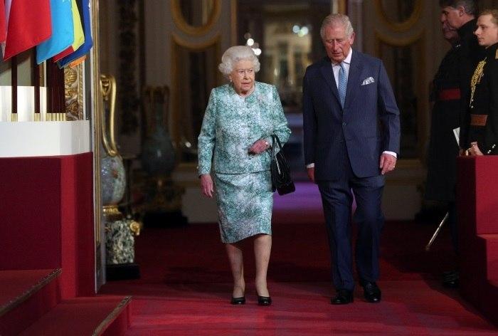 Príncipe Carlos vai ser o sucessor da rainha Isabel II