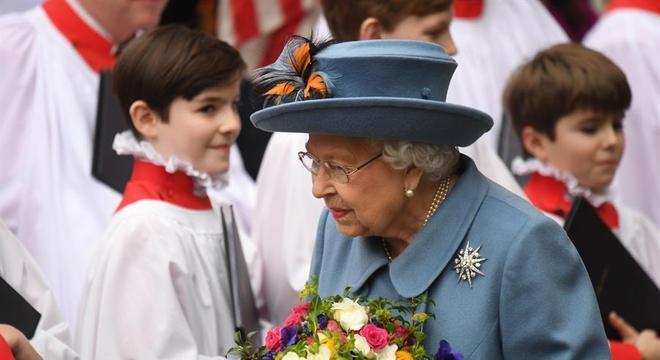A rainha Elizabeth 2ª em uma de suas últimas aparições públicas, em março