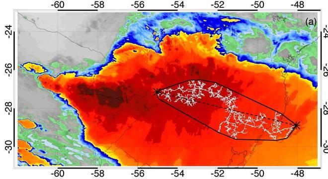 Imagem de satélite mostra o raio mais extenso já registrado no mundo
