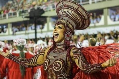 Raíssa Machado: 'Pão com salsicha após desfile'