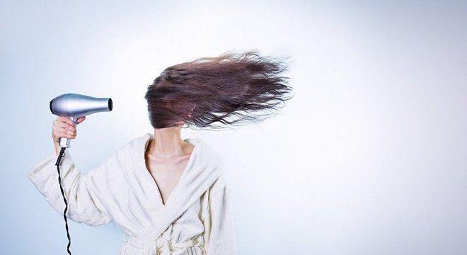 Raiz dos cabelos – Cuidados com a saúde e aparência dos fios