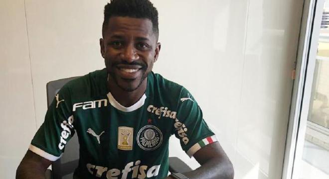 Ramires não convenceu com a camisa do Palmeiras