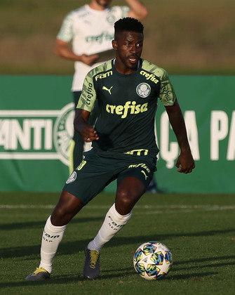Ramires: meia – 34 anos – brasileiro – Fim de contrato com o Palmeiras – Valor de mercado: 1,5 milhão de euros (cerca de R$ 9 milhões na cotação atual).