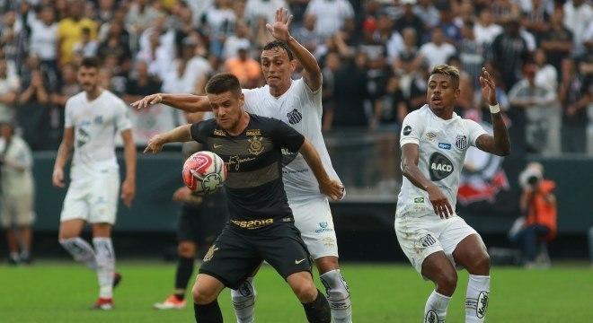 Ramiro fez sua estreia com a camisa do Corinthians no empate contra o Santos