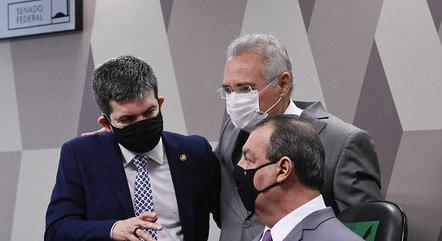 Na imagem, senadores Randolfe, Renan e Omar