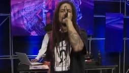 Confira o rap de Uterço Massao, ex-Pentágono, no Estúdio Showlivre ()