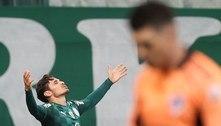 Eleito melhor do jogo, Veiga festeja classificação na Libertadores