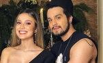 Bruna é irmã do cantor Luan Santana e os dois são muito unidos. A influenciadora digital e empresária já afirmou que o palmeirense é o amor da vida dela