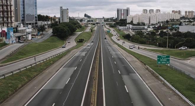 Ruas de São Paulo vazias por causa do isolamento social