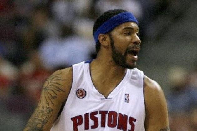 Rasheed Wallace- Líder em expulsões na história da NBA, com 29, o ex-jogador acumulou 373 faltas técnicas durante os 18 anos de carreira. Wallace era muito bom jogador, extremamente técnico, mas muito